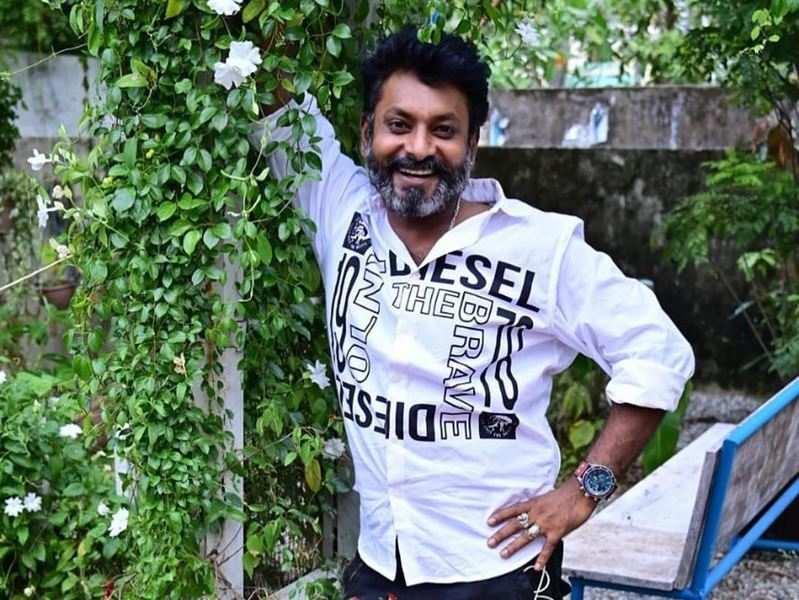 Did you know Bigg Boss Malayalam 3 finalist Kidilam Firoz is a sculptor too?