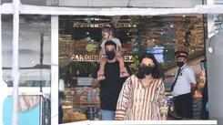 Mom-to-be Neha Dhupia and Angad Bedi spotted in Santacruz
