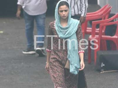 Exclusive! Alia Bhatt's look from Darlings