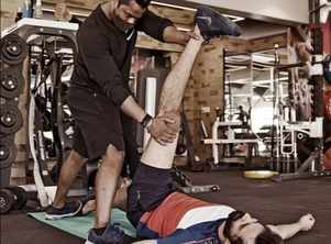 PHOTO! Yash Soni feels stretching is the best part of exercise; ask fans if they agree