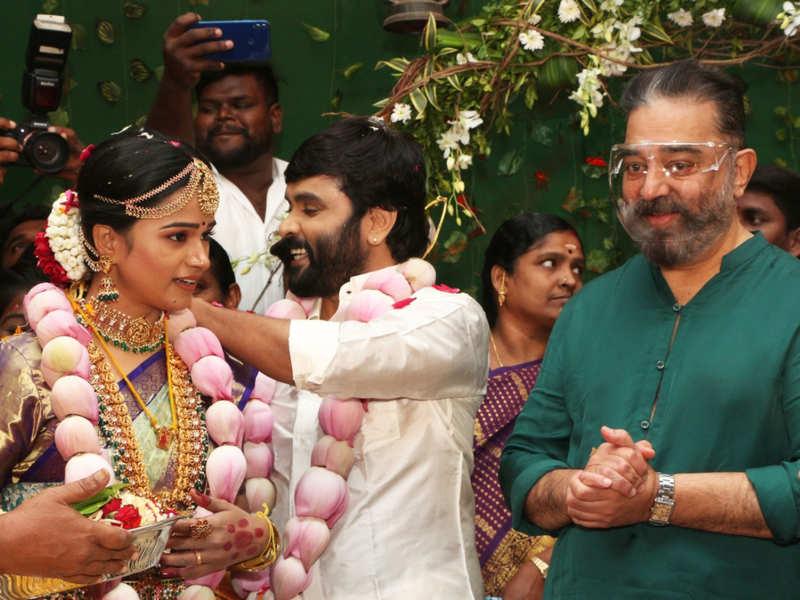 Lyricist Snekan & actress Kannika Ravi get married