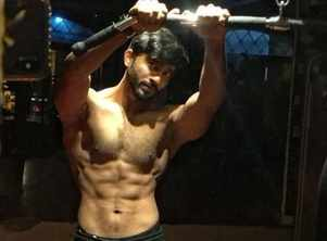 Home workout can be fun, assures actor Ravi Shaw