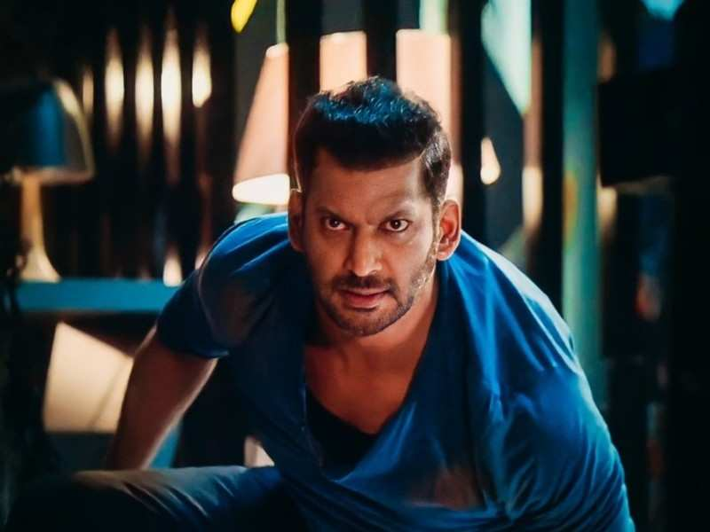 Vishal is a proud pet parent; watch the video here!