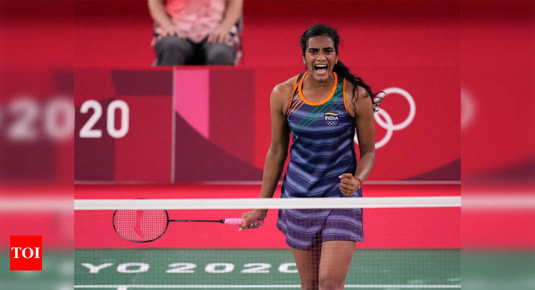 PV Sindhu enters semifinals at Tokyo Olympics