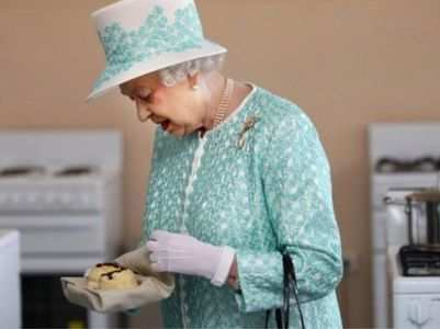 What do the British Royals eat in a day?