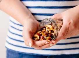 Snacking mistakes to avoid for weight loss