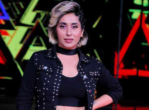 BB OTT: Neha Bhasin to enter KJo's show