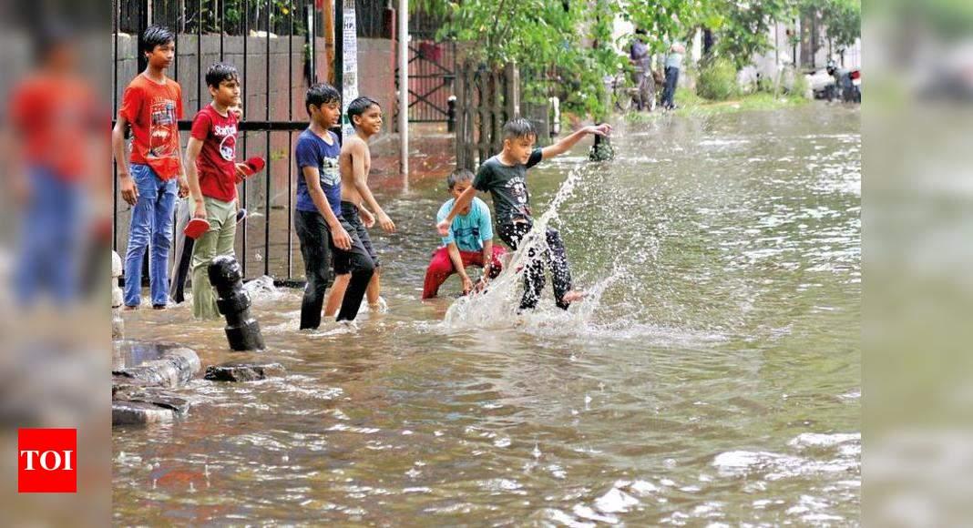 Delhi Rains: Rain in no mood to take a break, cleans up air too