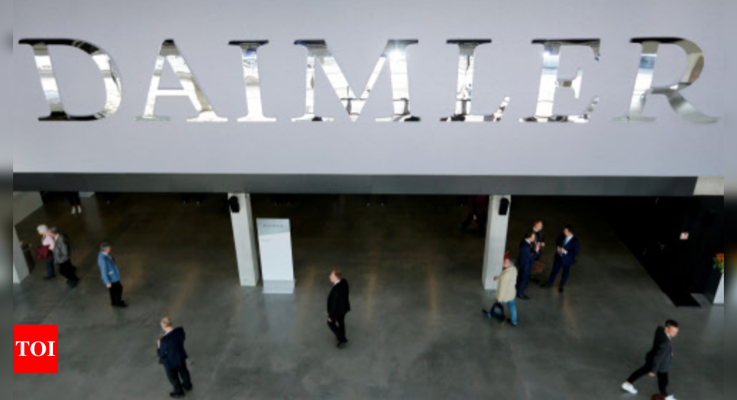 Daimler to keep 35% stake as trucks business goes solo – Times of India