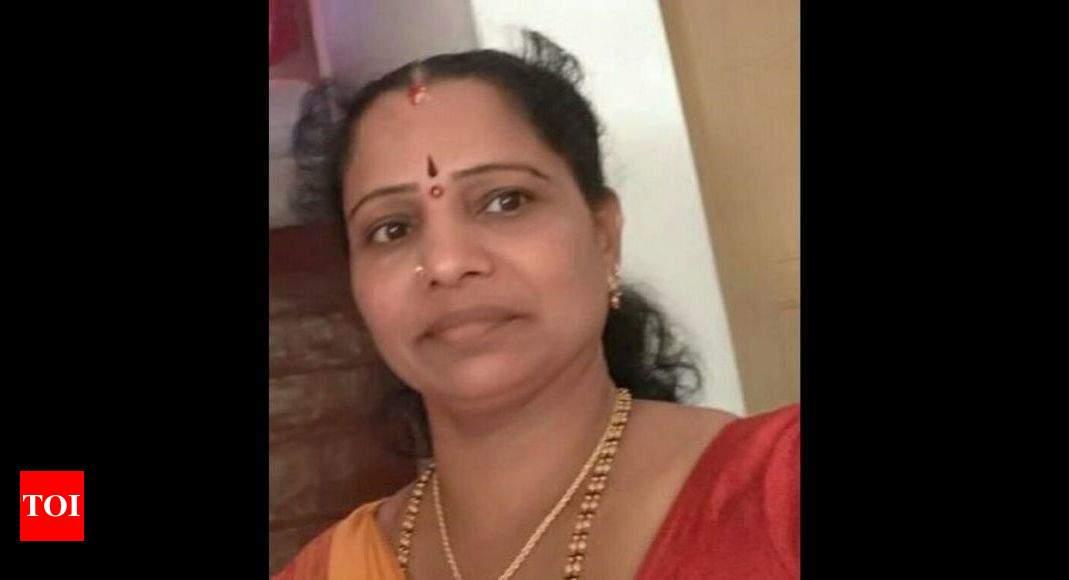 Karnataka: Asha worker fills potholes to save lives