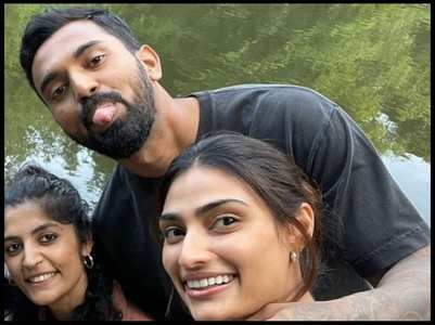 KL Rahul sweetly comment on gf Athiya's pic