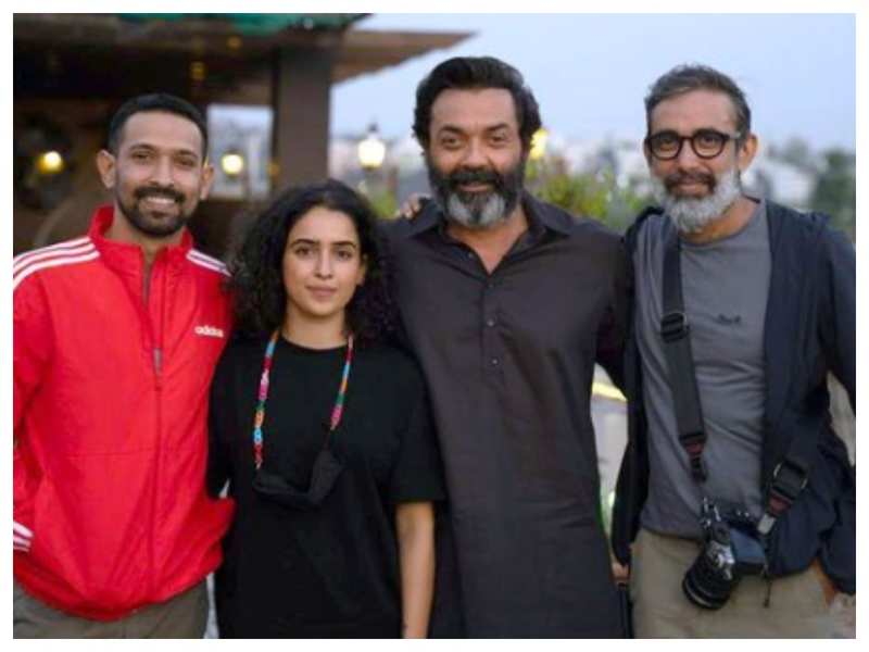 Bobby Deol shares a happy picture with Vikrant Massey and Sanya Malhotra as they wrap the shoot of 'Love Hostel'