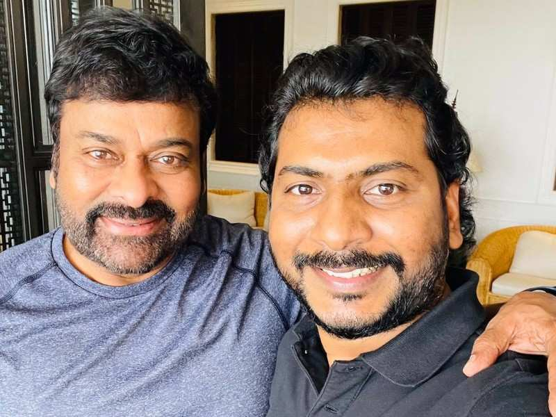 Sampath Nandi's selfie with Chiranjeevi makes fans speculate