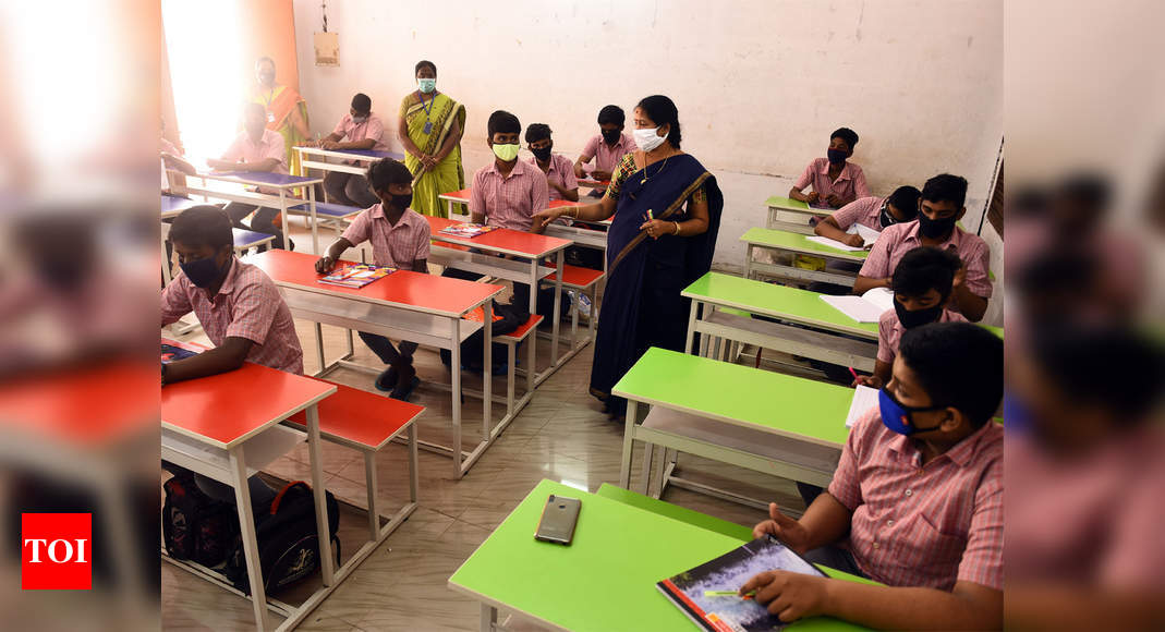 Photo of Delhi HC seeks CBSE stand in plea concerning assessment of private class 10 students