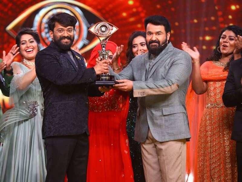 Bigg Boss Malayalam 3 winner: Manikuttan wins the trophy and a flat worth Rs. 75 lakhs