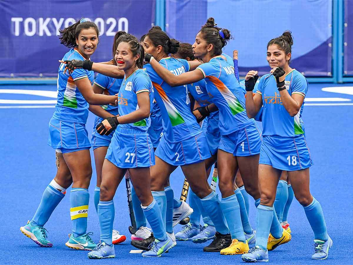 Indian women hockey team create history, enter Olympic hockey semifinal for first time | Tokyo Olympics News - Times of India