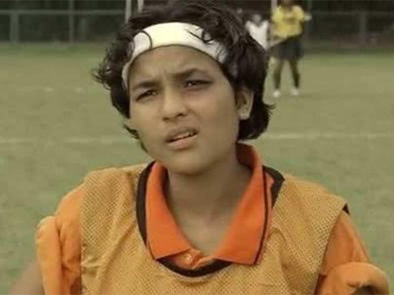 Chitrashi Rawat as Komal Chautala in Chak De! India
