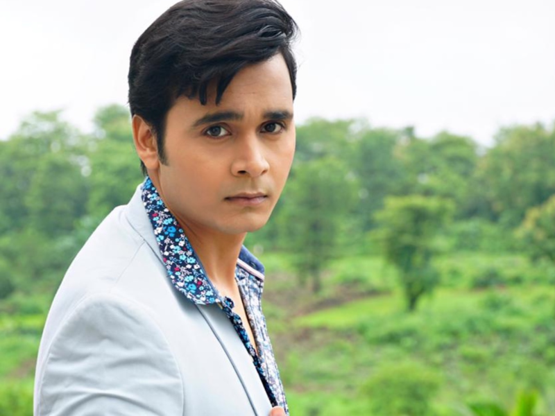 Those who want to get into acting have a superficial image of an actor's life: Priyanshu Singh
