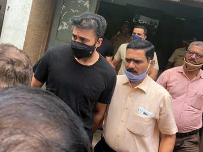 HC reserves order challenging Raj's arrest