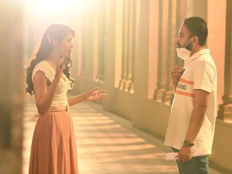 Thanks maintaining the excitement: Pooja Hegde tells director Radha Krishna