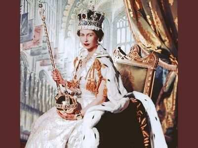 19-year-old student creates Queen Elizabeth II's Platinum Jubilee Emblem!