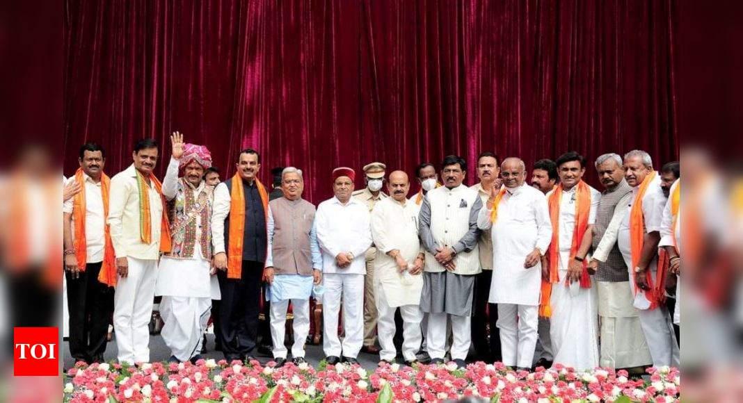 K'taka: 29 ministers in Bommai cabinet, 23 from BSY govt