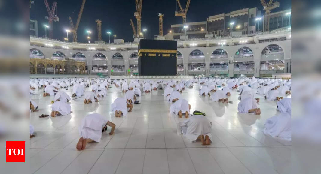 Saudi Arabia to reopen borders for vaccinated umrah pilgrims – Times of India