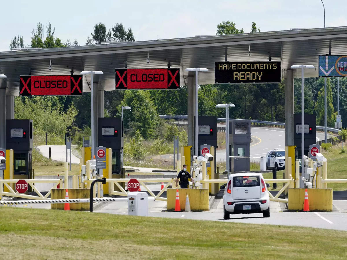 Canada Border Opening: Canada borders reopen for fully vaccinated US  citizens   World News - Times of India