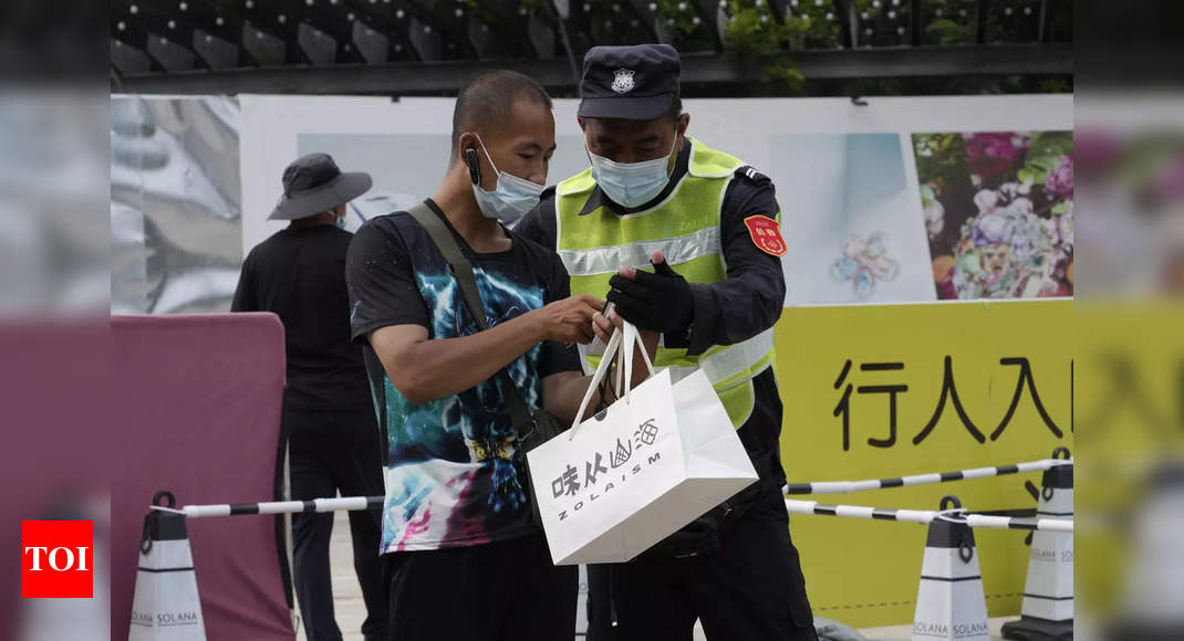 China reports 143 new coronavirus cases compared to 125 the day before