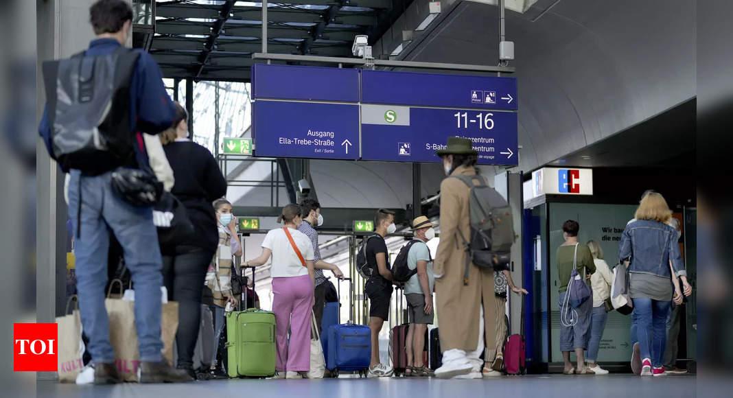 Nationwide train strike disrupts travel across Germany thumbnail