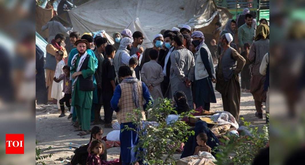 Afghan officials: 3 more provincial capitals fall to Taliban thumbnail