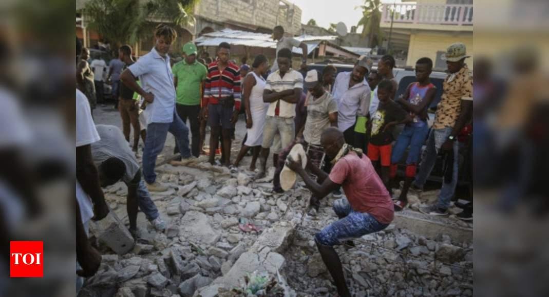 Death toll of powerful earthquake in Haiti soars to 1,297 thumbnail