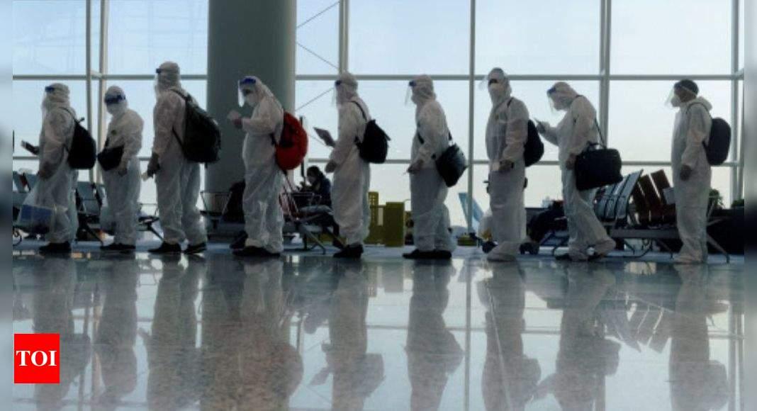 Hong Kong reclassifies 15 countries as 'high risk' for Covid-19 thumbnail
