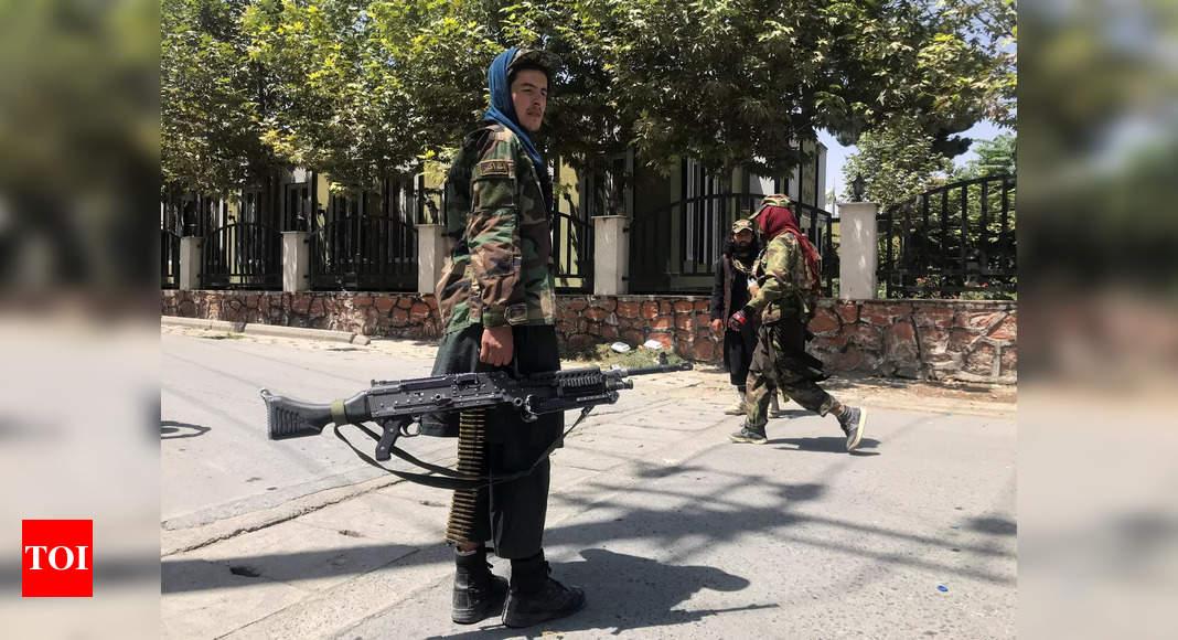 Japan closes embassy in Afghanistan thumbnail