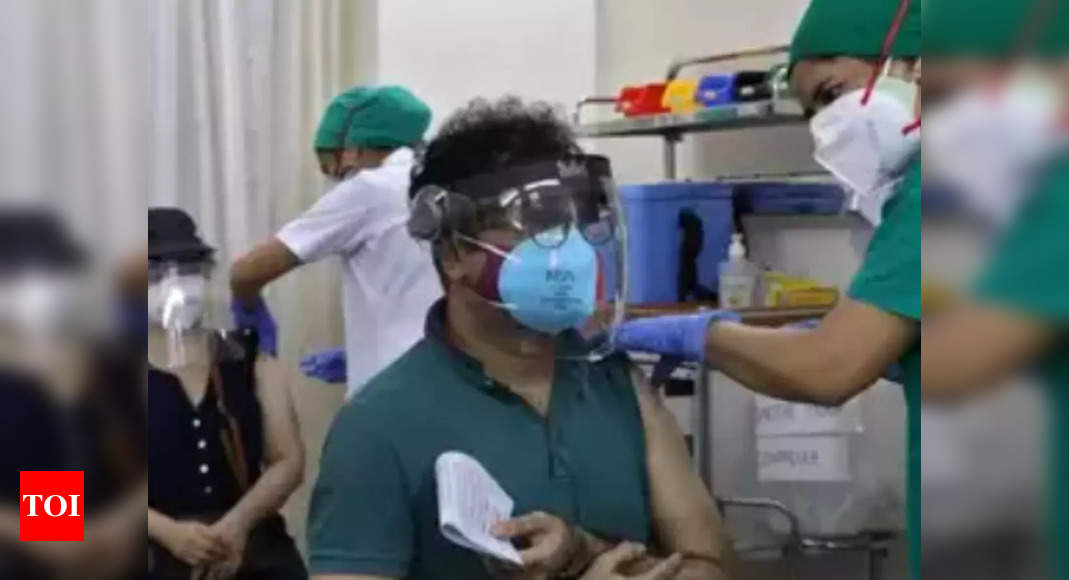 Coronavirus live updates: India sees 35,000 new Covid cases, Kerala tally up at 21.6k  – The Times of India