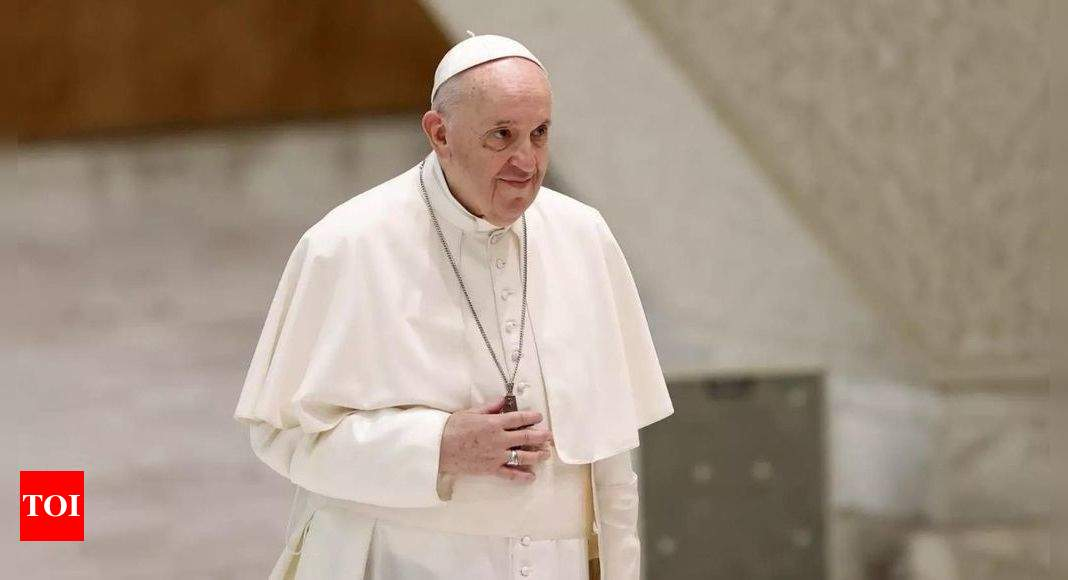 Pope Francis urges everyone to get Covid-19 vaccines for the good of all – Times of India