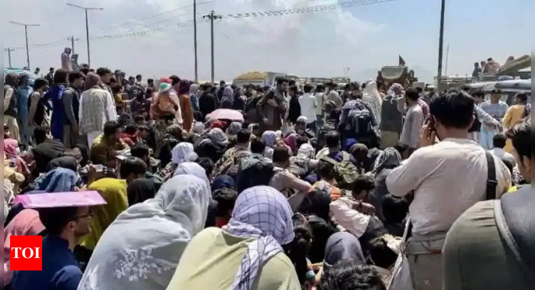 Europe fears Afghan refugee crisis after Taliban takeover thumbnail