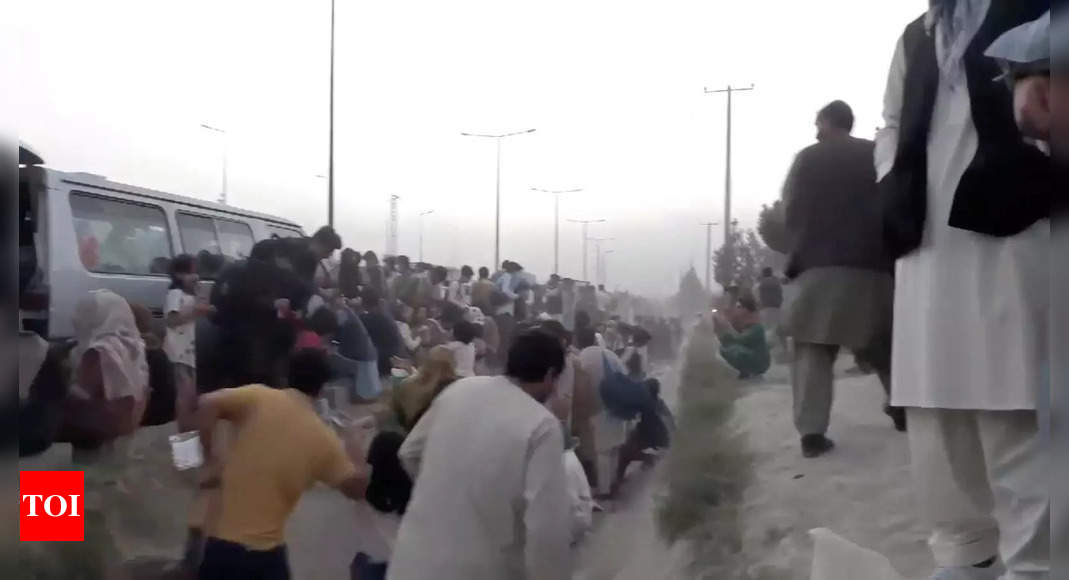 Afghans face 'impossible' race against time to flee Kabul thumbnail