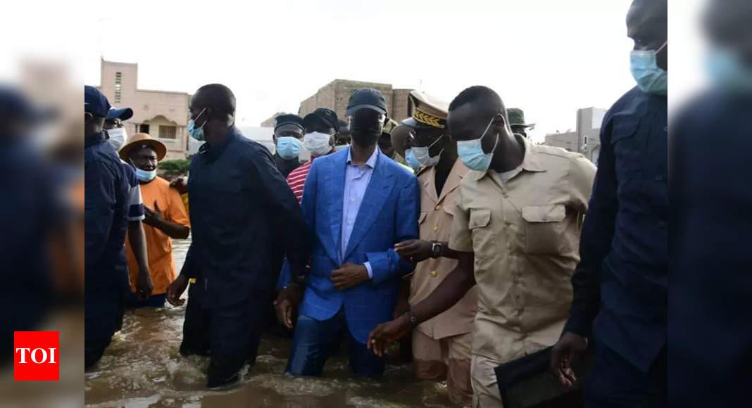 Senegal's capital floods again as experts blame poor planning thumbnail