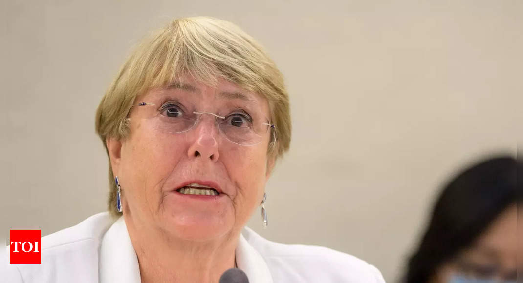 Taliban's treatment of women will mark 'red line': UN rights chief thumbnail