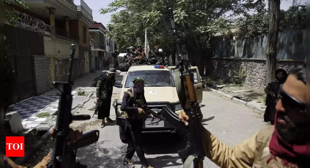 Taliban take over some UN premises, curb movement: Report thumbnail