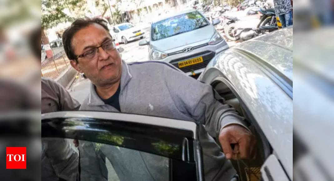 Sebi orders defreezing of bank, demat accounts, MF folios of Rana Kapoor – Times of India