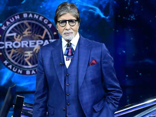 Bow ties are passe, Amitabh Bachchan just introduced us to tie bows | The  Times of India