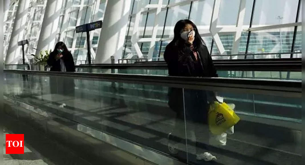 China cracks down on celebrity fan culture after scandals thumbnail