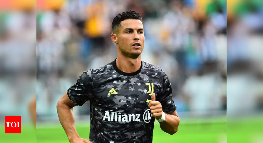 Cristiano Ronaldo: Manchester United agree deal to re-sign Cristiano Ronaldo from Juventus   Football News – Times of India