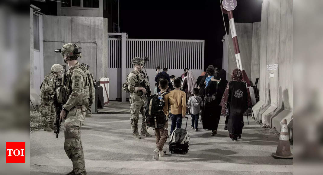 US in final phase of evacuations from Kabul, Taliban says ready to take over airport thumbnail