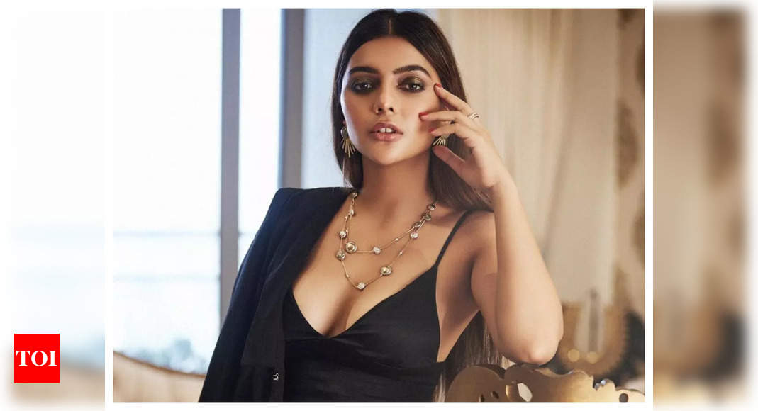 Ruhi Singh on OTT: People are now appreciating content instead of blindly going to theatres because of certain names – Times of India