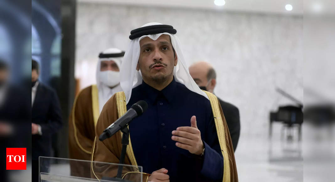 Qatar urges Taliban to ensure 'safe passage' out of Afg thumbnail