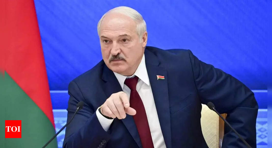 Belarus president expects big shipment of Russian weapons