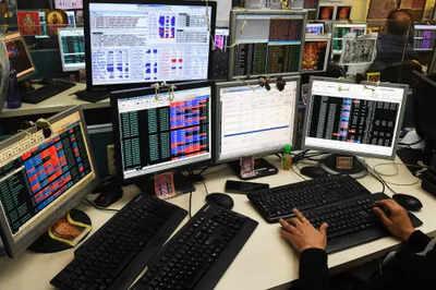 Sensex, Nifty scale fresh closing highs